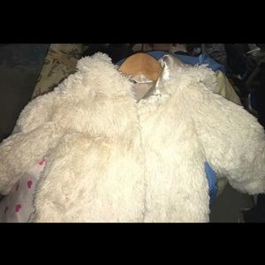 Beautiful Guess Toddler Coat Size 24 Mts 24 months